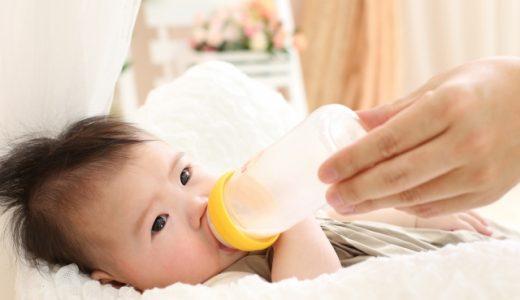 ミルク以外の赤ちゃんの飲み物はいつから?水分補給にはスプーン一杯の麦茶がおすすめ