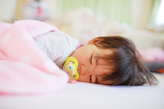 赤ちゃん 寝かしつける
