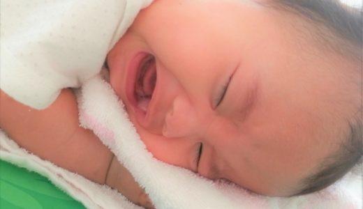 赤ちゃんが夜泣きで夜中に起きた時の上手な対処法!典型的なパターンとそれ以外で実践した方法